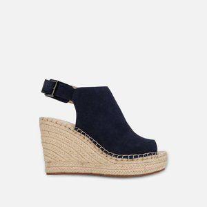 NEW Kenneth Cole Olivia Wedge Sandal Navy Size 8.5